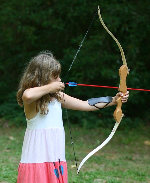 Traditional bow shooting