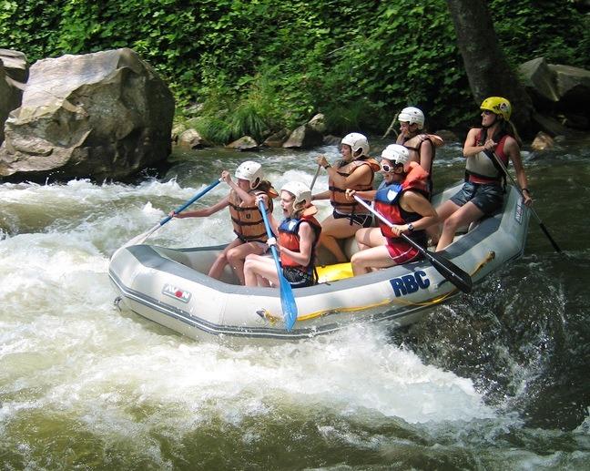 Whitewater Rafting Camp Aventure