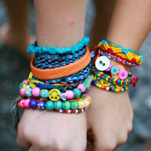 Friendship Bracelets - Kids Crafts | Scout Crafts, Free Printables