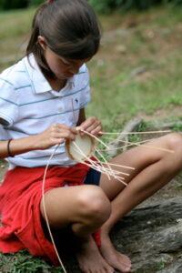 Kids Enjoy Summer Crafts without Technology
