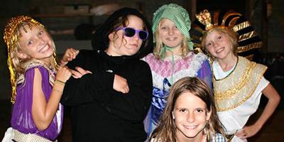 summer camps halloween children