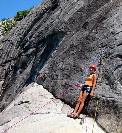 girls rock climbing at Looking Glass
