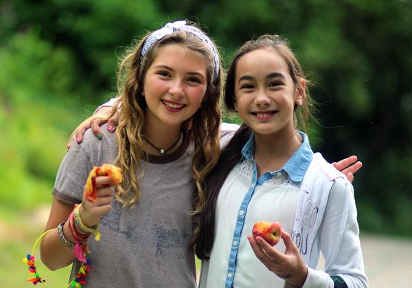 Girls Make Best Friends at Summer Camp