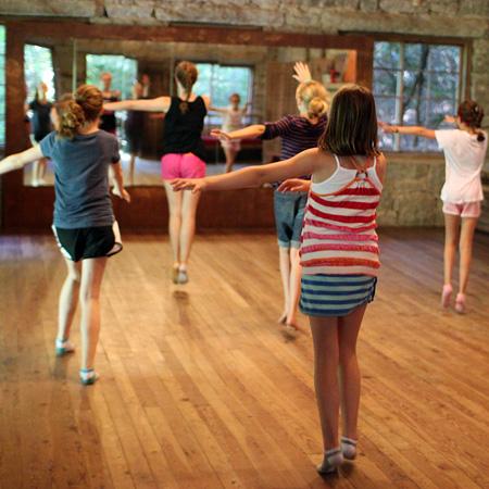 Creativity Dancers