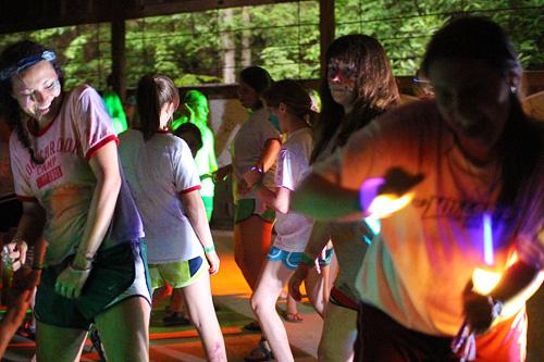 girls colorful dancing