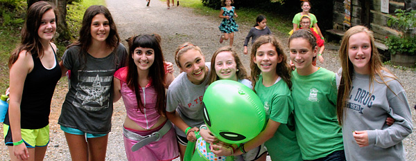 Camp kids hunt for aliens