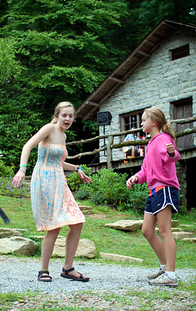 Girls dancing to live music at Rockbrook