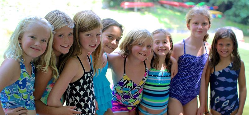 Girls making friends at swim demonstrations