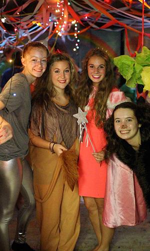 Banquet costumes