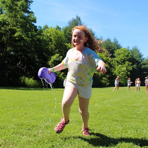 Camper running sponge race
