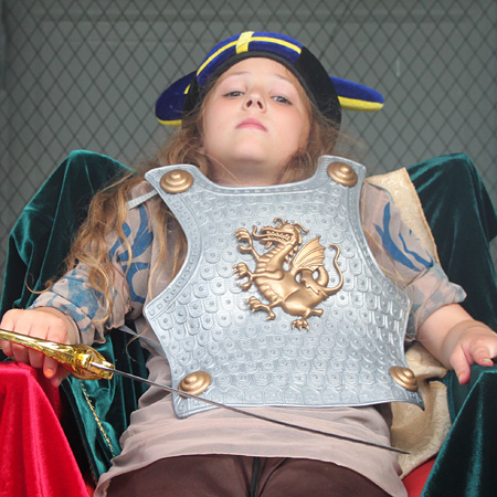 Renaissance Throne Kid