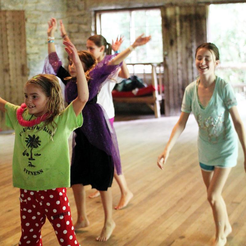 Dance Kids Camp