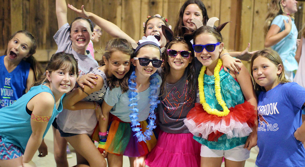 Middle Girl Camp Dance