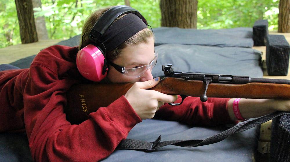 rifle-girl-shooter
