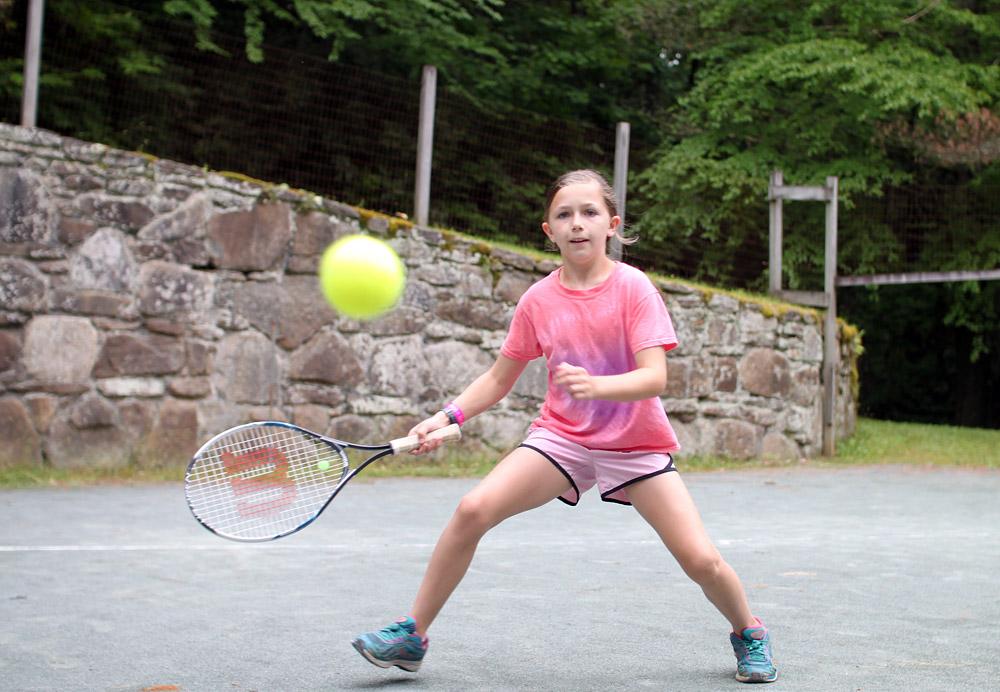 tennis-camp-girl-player