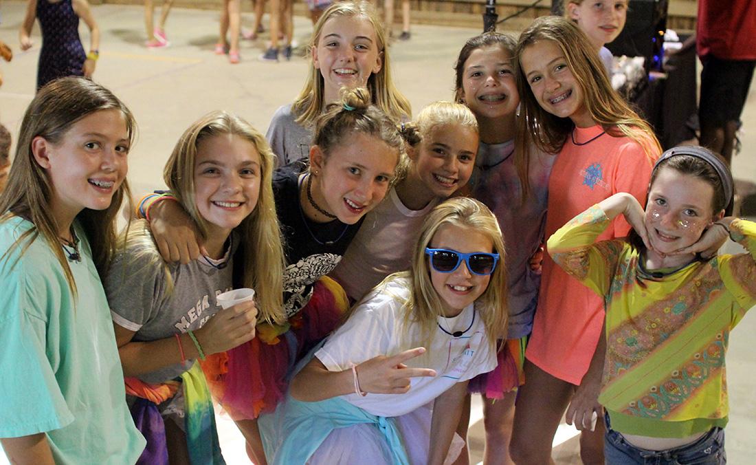 girls camp dancers