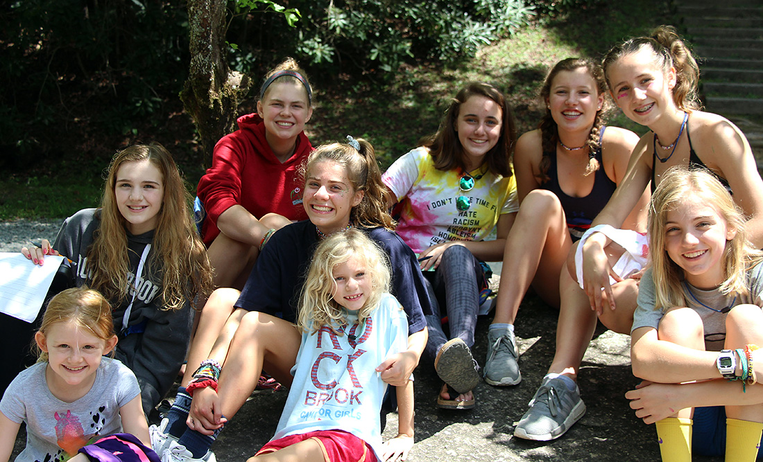 All girl camp kids