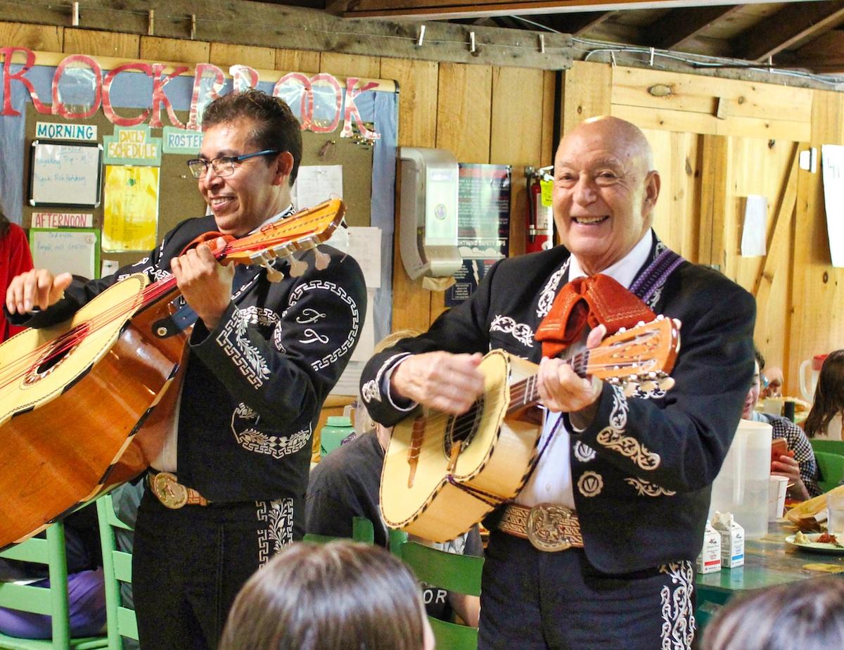 Rockbrook mariachi musicians