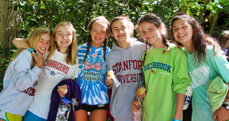 best camp friends