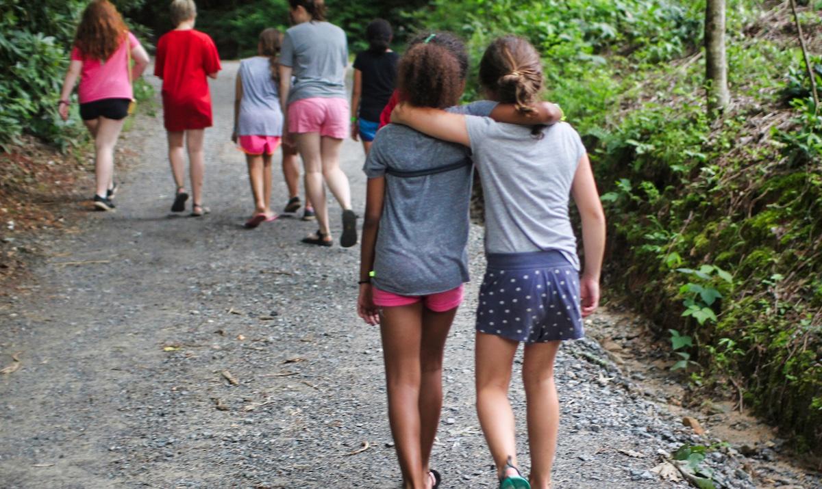 camp friends girls