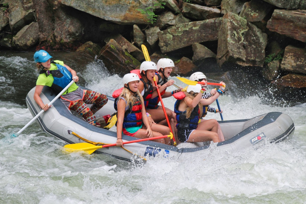 Nantahala falls rafting splash