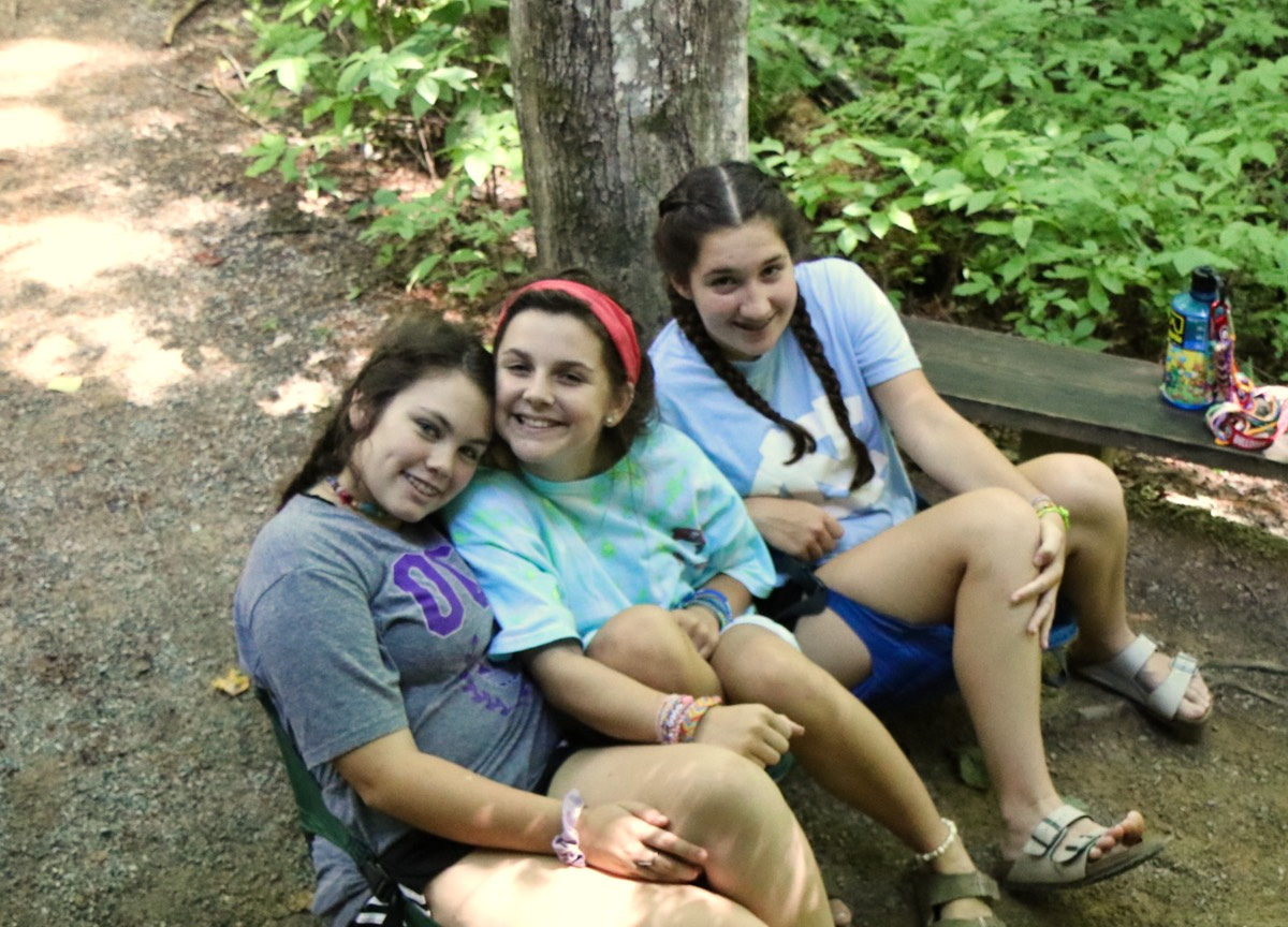 teen camp friends