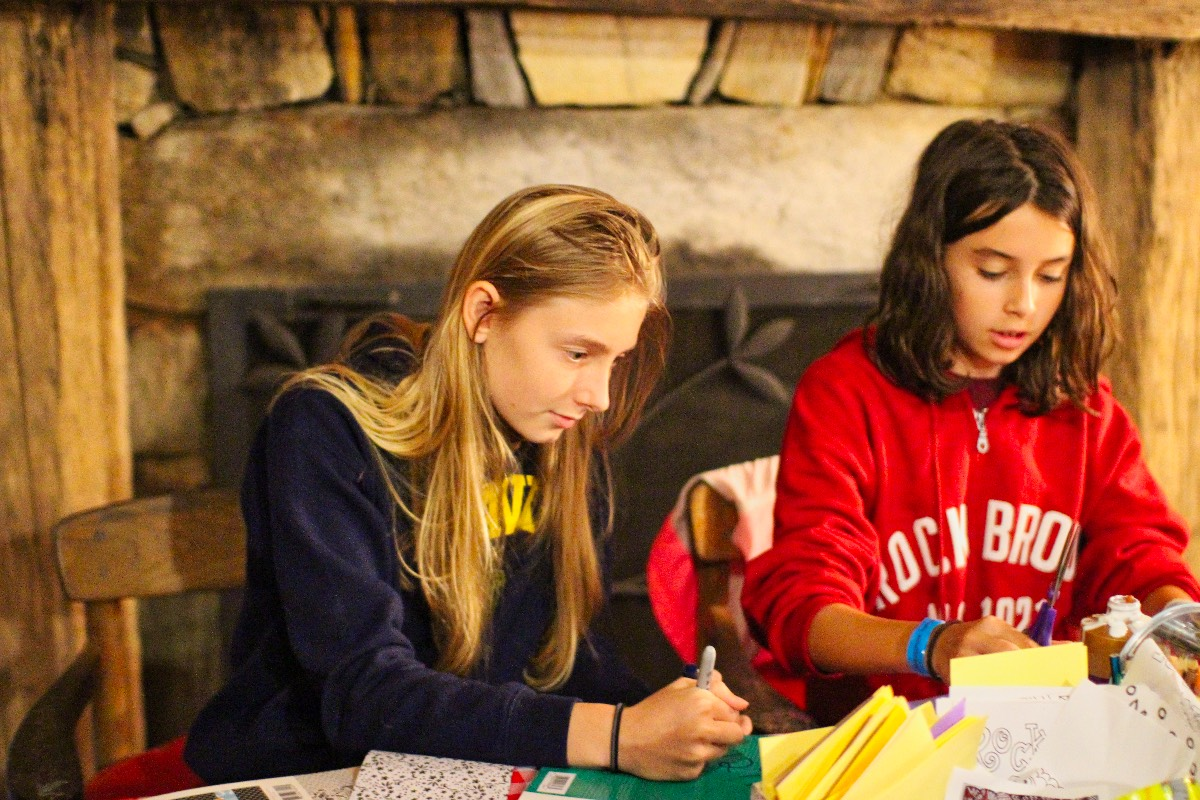 camp girls paper crafts