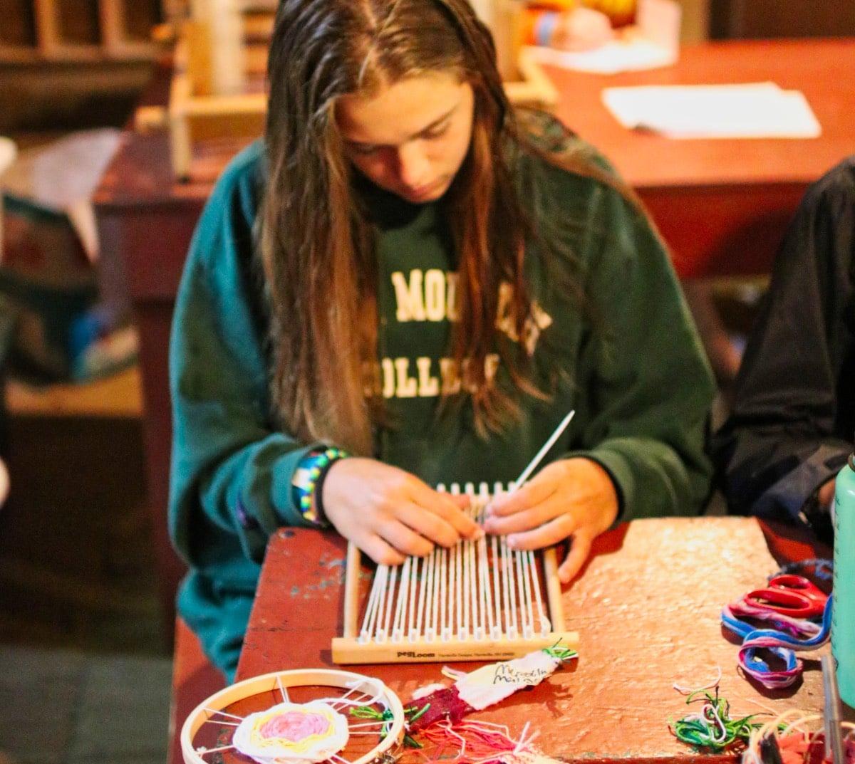 weaving on lap loom