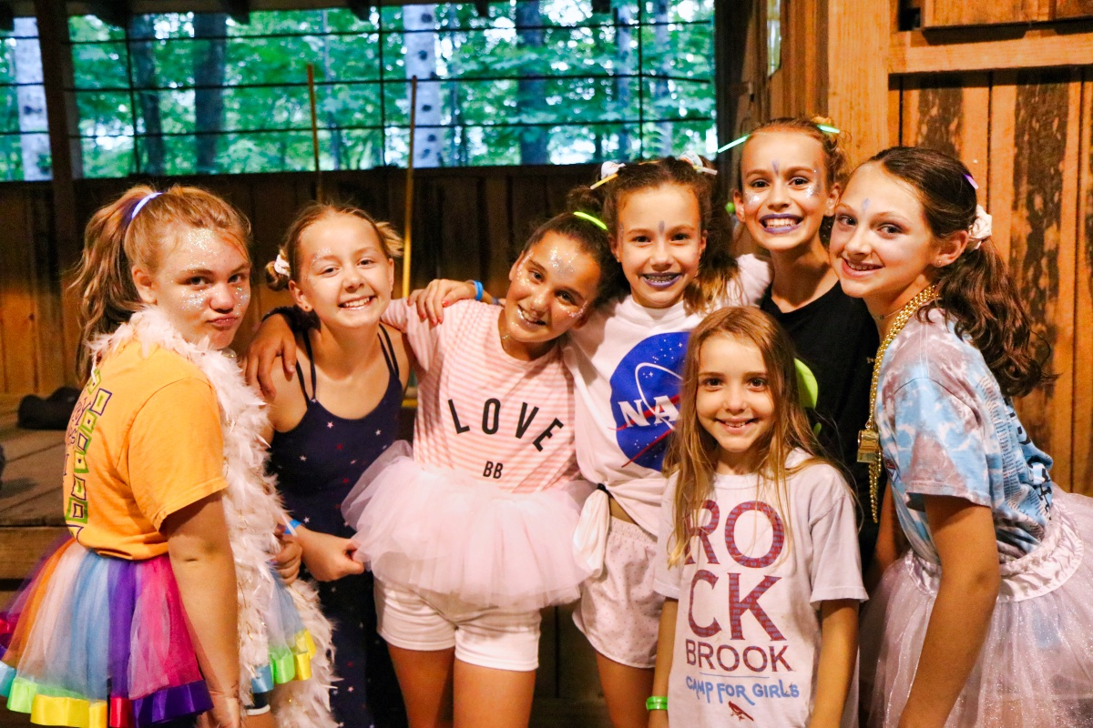 girl camp dance