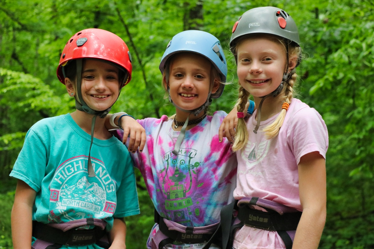 summer camp climber girls