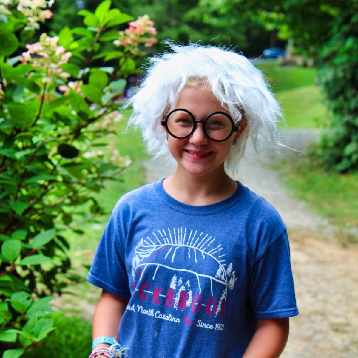 scientist costume girl