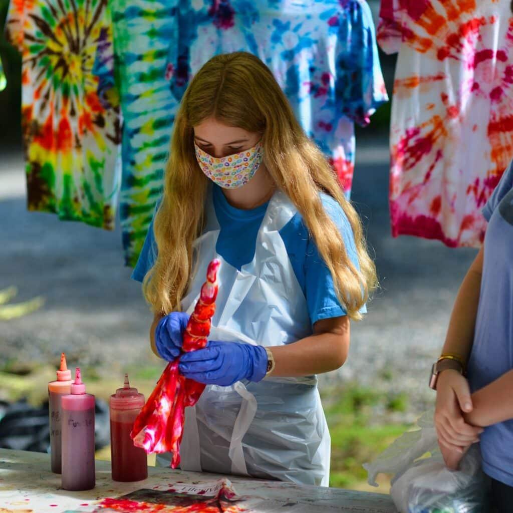 tie dye making
